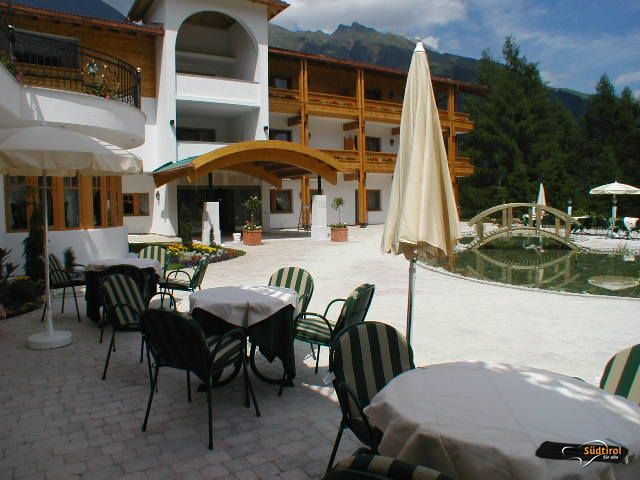 Hotel Plunhof S Heimat Der Generationen Radanna Racines Bz Italien